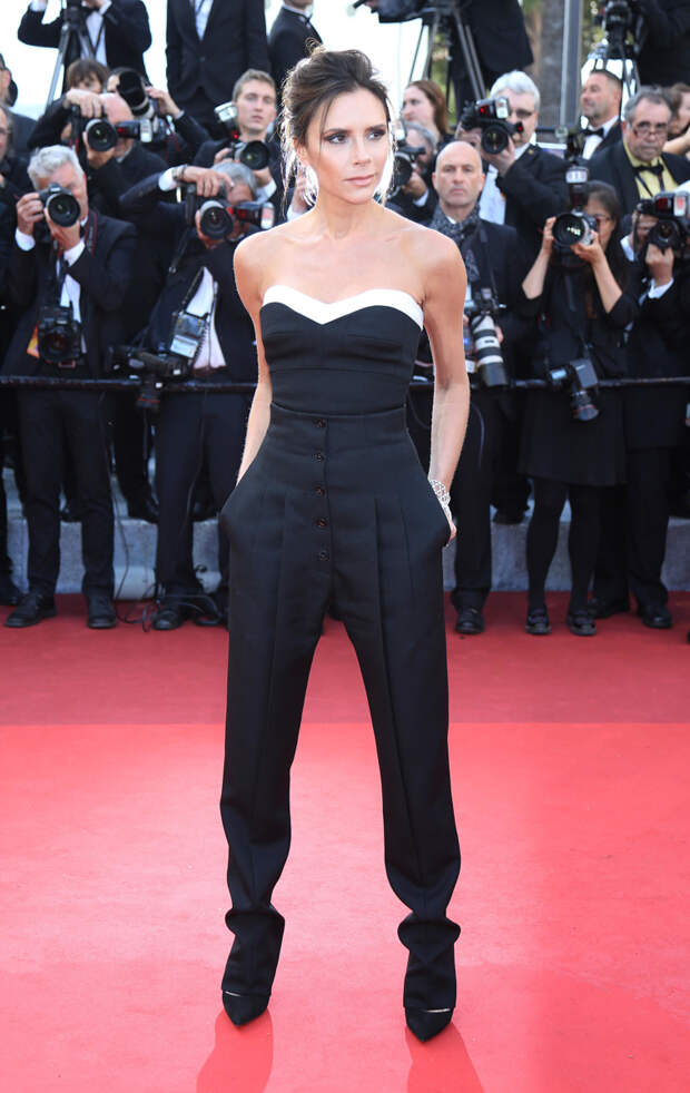 Белла Хадид топлес и неудачное платье Бони: самые яркие моменты Каннского кинофестиваля, которые стоит увидеть