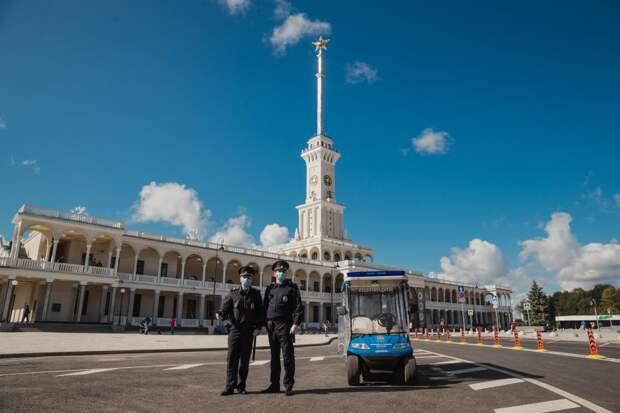 На Северном речном вокзале полицейские задержали дебошира