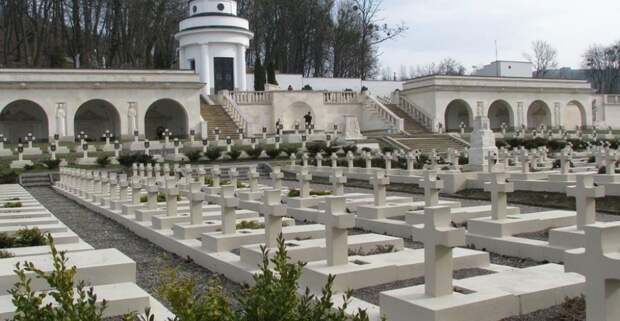 Мемориал «орлят» во Львове
