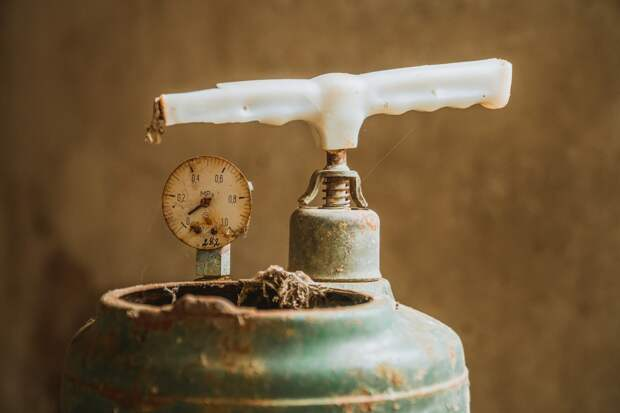 В Ижевске двое жителей отравились угарным газом