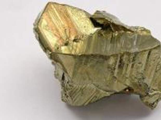 С затонувшего судна археологи подняли 39 слитков неопознанного металла