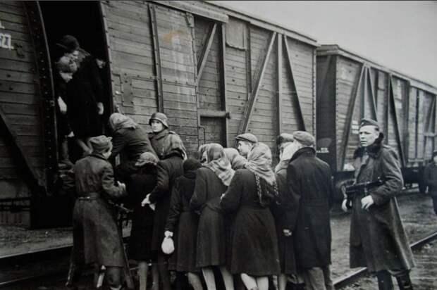 Зачем немцы увозили жителей СССР в Германию, и Что стало с угнанными граждами СССР после войны