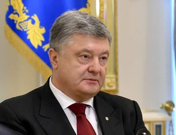 Порошенко могут оштрафовать за повторную неявку на допрос в Генпрокуратуру Украины
