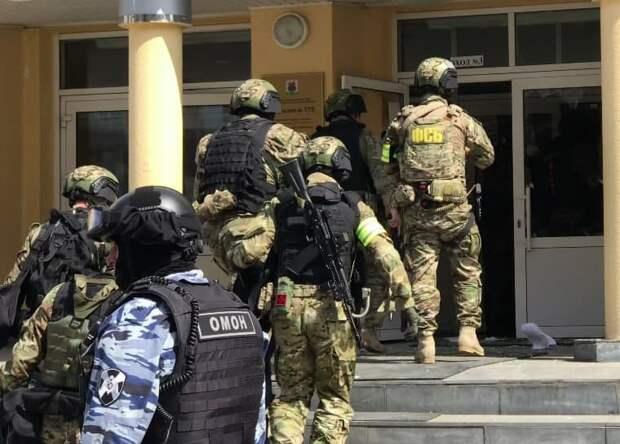 Расстрел в школе Казани: стали известны первые слова убийцы полицейским (+ВИДЕО)