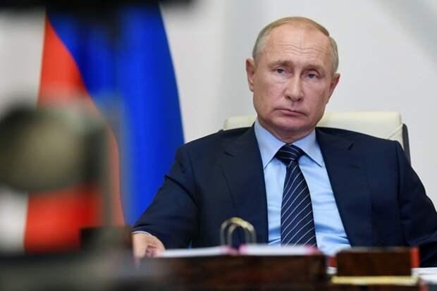 Владимир Путин сообщил, что его дочь сделала прививку от коронавируса
