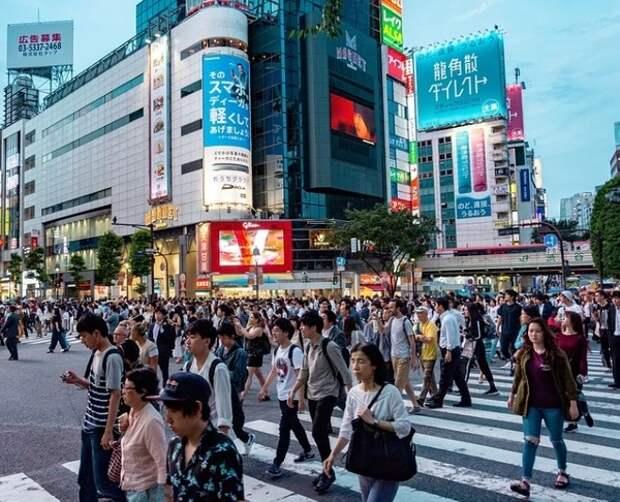 Япония выплатит своим гражданам почти по тысяче долларов, в России к такому пока не готовы