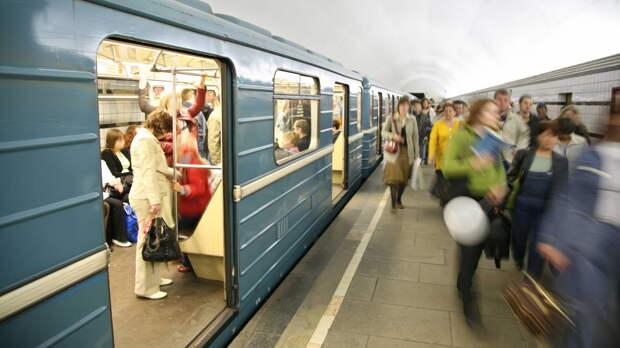 О работе метро во время парада на Красной площади рассказали москвичам