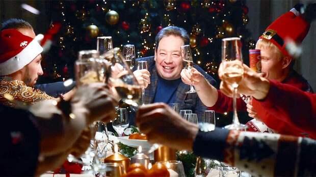 «Слуцкого в президенты!» Новогоднее видео «Рубина» покорило Линекера, фанов «Халла», «Витесса» и всю Европу