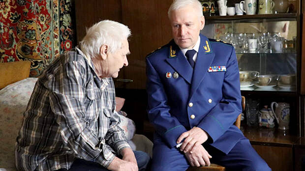Как же так, Коля, ты же офицер!: У слепого ветерана обманом забрали квартиру