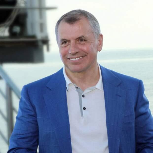 Константинов подарил детям ДНР 100 путёвок в крымский оздоровительно-спортивный комплекс «Дельфин»