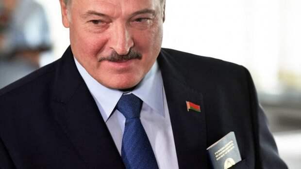 Лукашенко: Белоруссия изобрела собственную вакцину от COVID-19