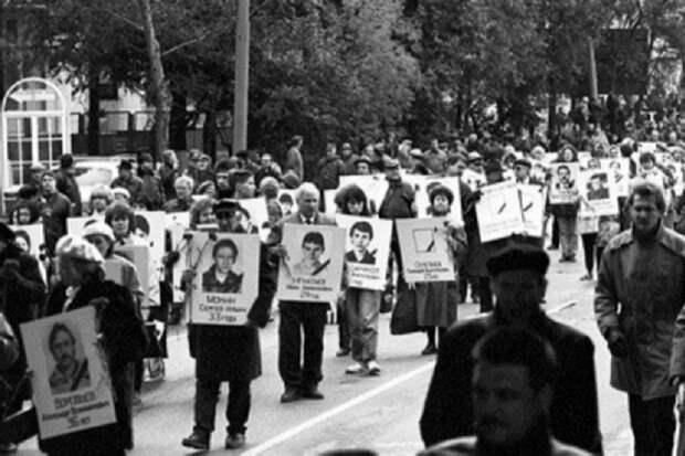 Ни одна смерть не была до конца расследована— ветеран ФСБ об октябре 1993