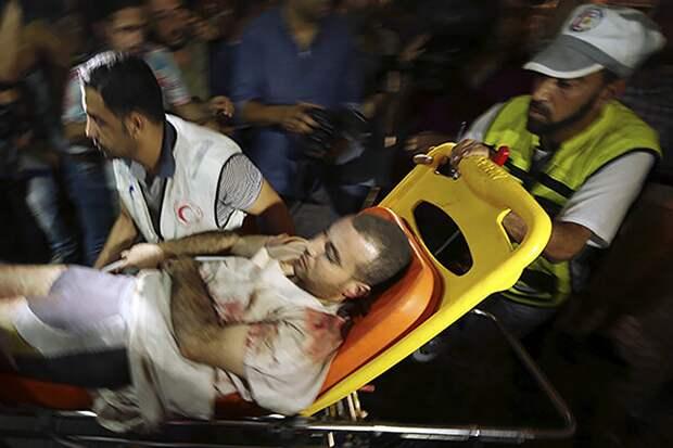 Около 40 палестинцев пострадали в стычках с полицией Израиля