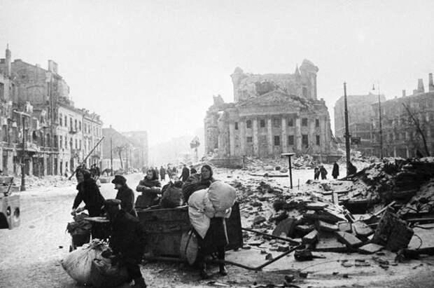 Наш человек в Варшаве. Советский офицер 10 дней спасал обреченный город