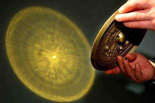 Зеркала для «проводов в загробный мир» найдены в Китае