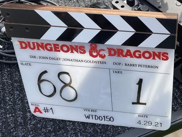 Крис Пайн и Хью Грант снимаются в экранизации Dungeons & Dragons