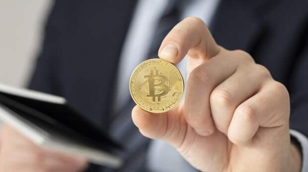 Взлеты и падения: эксперты о том, что будет с курсом биткоина
