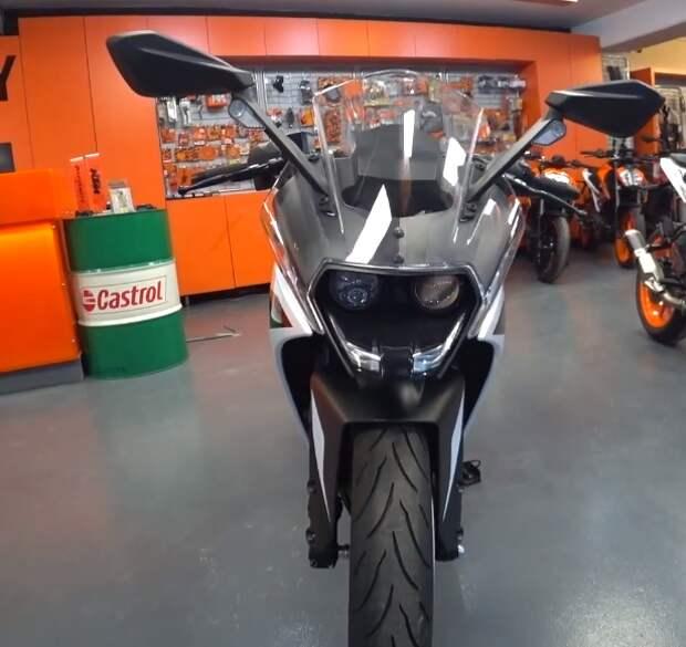 Мотоцикл KTM RC 390  Популярный, красавец .