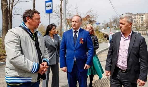 Дефекты ремонта дорог Владивостока подрядчики устранят засвой счёт