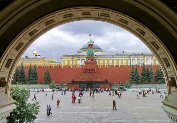 Здание прекрасно вписывается в общую архитектуру / Фото: b-abo.ru