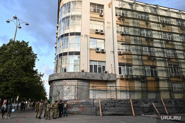 Казаки в дозоре на улицах Екатеринбурга. Необр