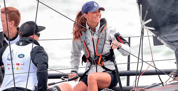 Герцогиня Кэтрин нарушила протокол и надела шорты