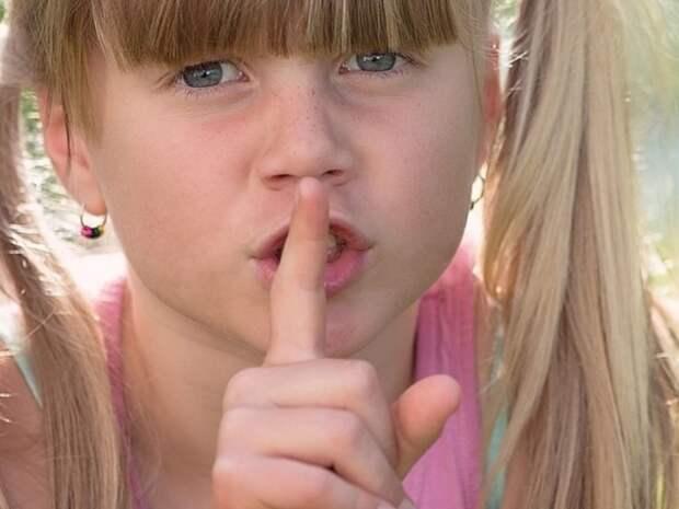 Власти Крыма предлагают наказывать за использование иностранных слов в российской рекламе