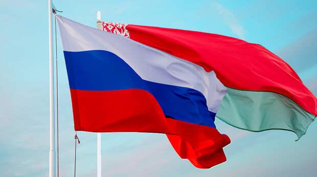 Америка толкает Белоруссию в объятия России