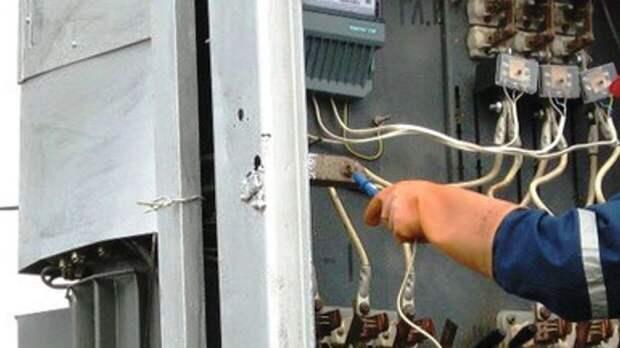СК расследует гибель 24-летнего электрика на свинокомплексе под Воронежем