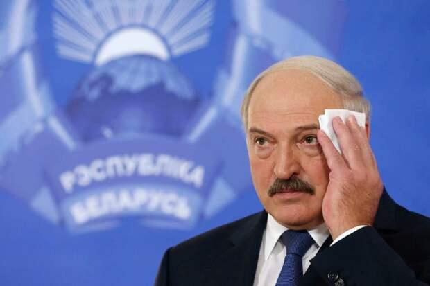 Лукашенко вспотел, когда вспомнил о разговорах с Путиным