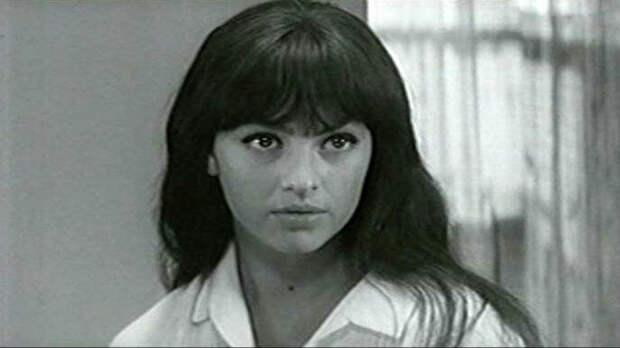 Садальский рассказал, чтоподруга Высоцкого умерла водиночестве