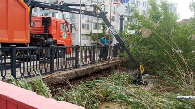 Русло реки Мелек-Чесме в Керчи начали чистить