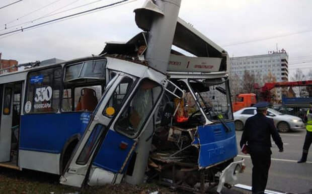 Ногу свело одному — в аварии пострадали 26 пассажиров