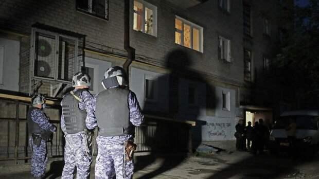 Стрелявший из окна дома по людям в Екатеринбурге оказался сильно пьяным