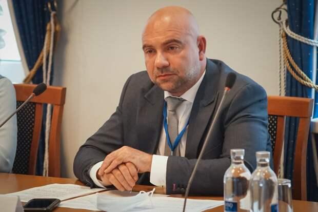 Ведущий Баженов призвал открыть в Москве мемориал Георгиевским кавалерам / Фото: Максим Манюров