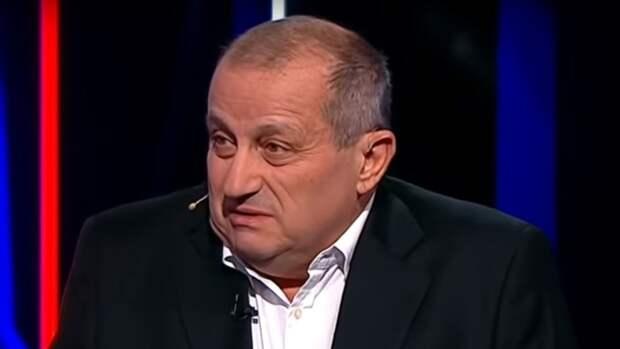 Политолог Кедми не исключил, что Лукашенко покинет пост до конца года