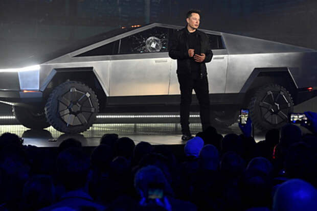 Маск открыл завод Tesla вопреки запрету властей и попросил арестовать только его