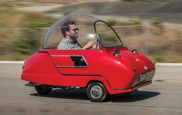 Купи «блоху»: самый маленький в мире автомобиль выставлен на продажу