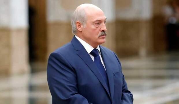 Лукашенко своими неадекватными действиями спровоцировал выход людей на улицу – политолог