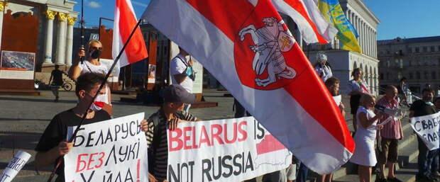 «Русские нам не братья, Россия – это война» – белорусская оппозиционерка