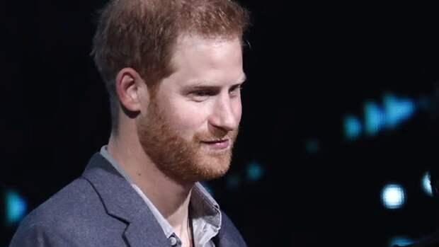 Принц Гарри заставил Елизавету II волноваться о его психическом здоровье