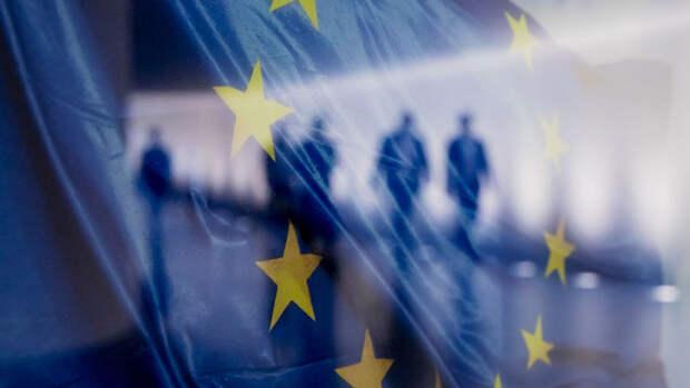 Источник: главы МИД стран ЕС не будут обсуждать новые санкции против России