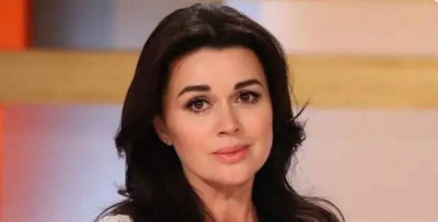 Семья Заворотнюк поблагодарила лечащих актрису врачей