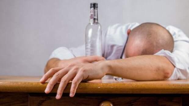 Власти рекомендуют установить минимальные цены на алкоголь