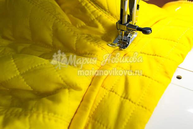Проложить строчку в куртке с воротником стойка