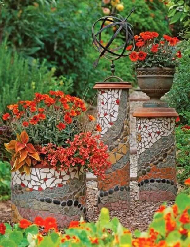 17 изумительных идей декора из битой плитки для сада
