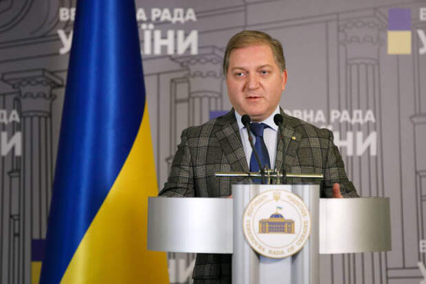 Депутат Рады назвал Украину «полуколонией» США