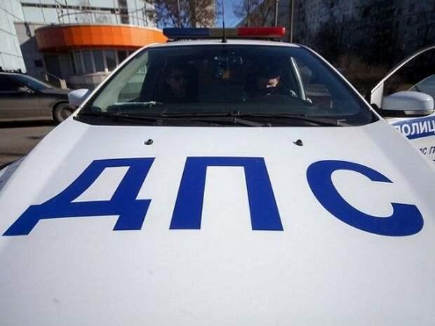 На Сахалине подростки на машине задним ходом пытались скрыться от ГИБДД