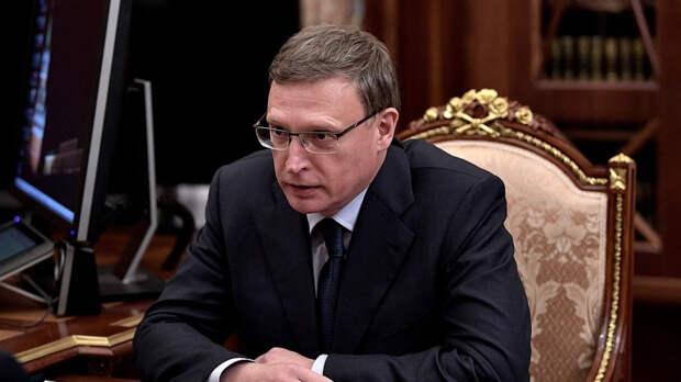 """Омский губернатор пригрозил послать чиновников на """"заготовку леса"""" после крупного пожара"""
