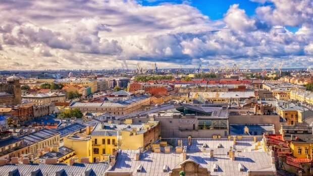Облачность и кратковременные дожди ожидаются в Петербурге 26 сентября